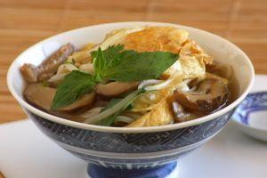 Vietnamese Fried Bean Curd Soup (Hu Tieu Chay)