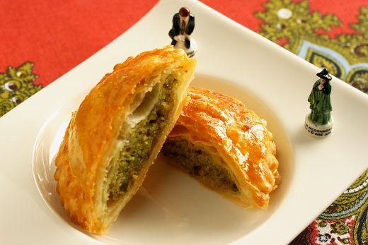 Galette Des Rois a la Pistache (Pistachio Kings Cake) Recipe