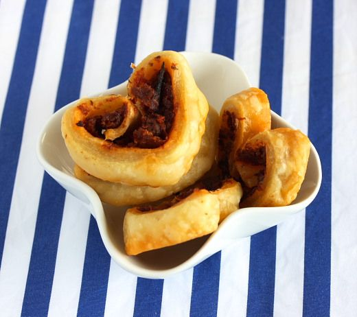 Sun-Dried Tomato Pesto Palmier Recipe