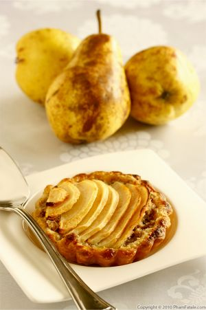 Tarte Poire Noisette (Pear Tart with Hazelnut Cream)