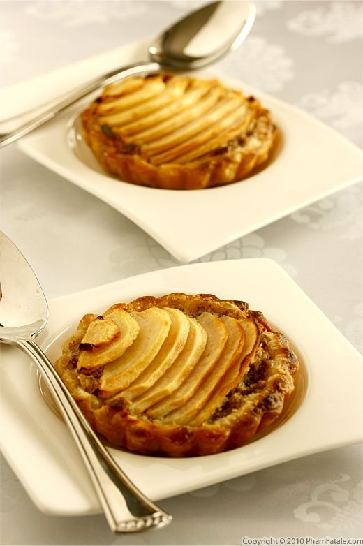 Pear Hazelnut Tart Recipe with Picture