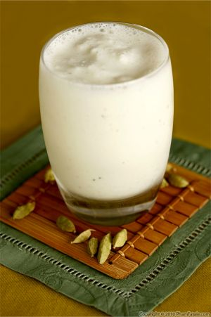 Sweet Lassi (Indian Yogurt Drink)