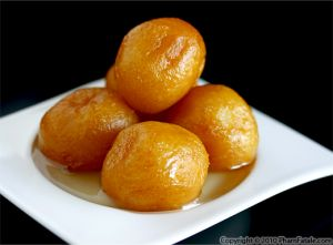 Gulab Jamun (Indian Sweets)