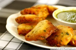 Masala Vada Recipe (Indian Urad Dal Fritters)