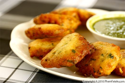 Masala vada recipe indian urad dal fritters pham fatale for French starters vegetarian
