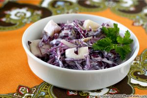 Red Cabbage Coleslaw with Buttermilk Ranch Dressing