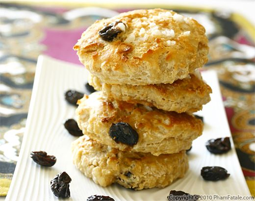 Buttermilk Cherry Scones Recipe