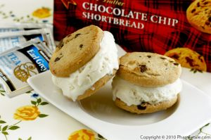 Shortbread Ice Cream Sandwich Recipe with Picture