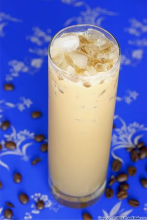 How to Make Ca Phe Sua Da (Vietnamese Iced Coffee)