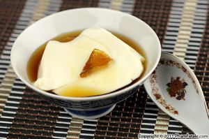 Tofu Dessert in Ginger Syrup (Tau Hu Nuoc Duong)