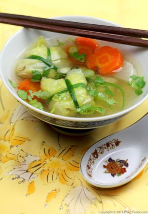 Canh Bap Cuon (Stuffed Cabbage Soup Recipe)