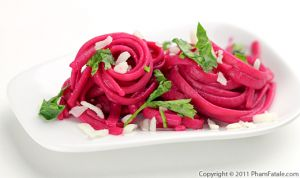 Linguine Pasta in Beet Sauce