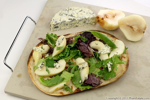 Gorgonzola Pear Pizza Recipe - Pham Fatale