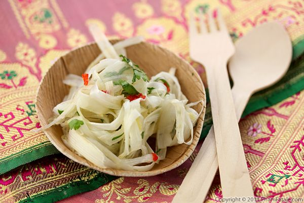 White Asparagus Salad Recipe (Goi Mang) Recipe