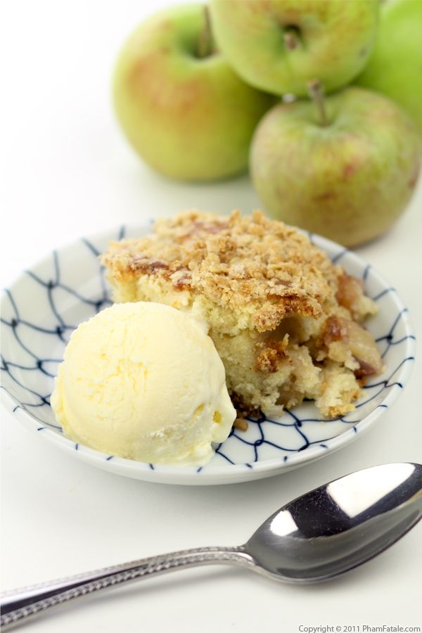 Apple Cake with Crumb Topping Recipe