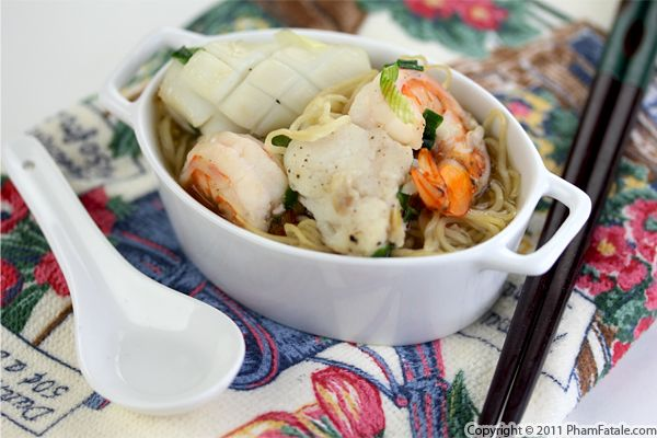 Mi Do Bien Recipe (Seafood Noodle Soup Recipe) Recipe