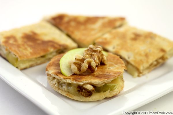 Vegetarian Quesadilla Recipe (Apple Brie Cheese Sandwich) Recipe