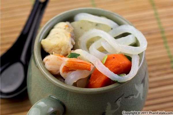 Banh Canh Recipe (Vietnamese Shrimp Broth with Udon Noodles) Recipe