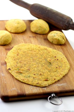 Dal Paratha Recipe (Indian Flat Bread)