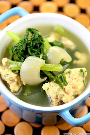 Canh Tan O Recipe (Vietnamese Chrysanthemum and Shrimp Soup)