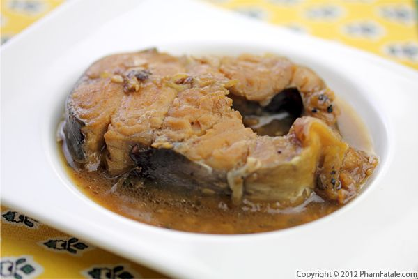 Vietnamese Braised Catfish in Fish Sauce (Ca Kho) Recipe