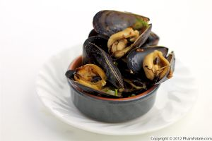 Spicy Mussels with Chorizo