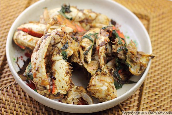 Sauteed Crab with Ginger and Basil Recipe