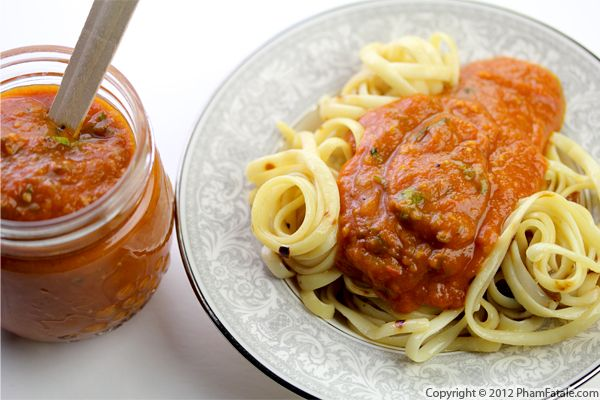 Garlic and Basil Tomato Sauce Recipe Recipe