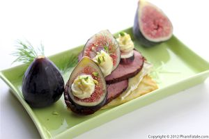 Smoked Duck and Fig Tartine Recipe