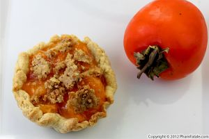 Persimmon Pie with Crumb Topping