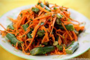 French Carrot Salad Recipe (Carottes Rapées)