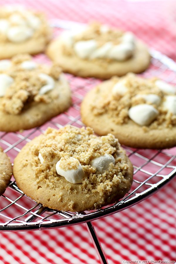Peanut Butter Cookies with Marshmallow Peanut Crumb Topping Recipe