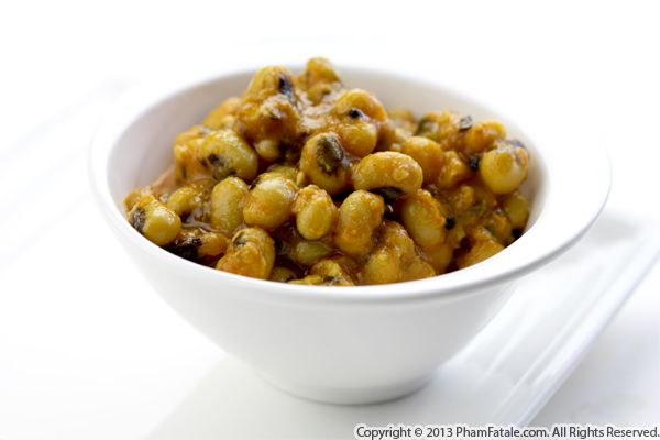 Lobia Dal Spiced Curry Recipe (Black Eyed Peas Curry) Recipe