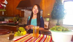 Moroccan Mint Iced Tea Recipe (Video)